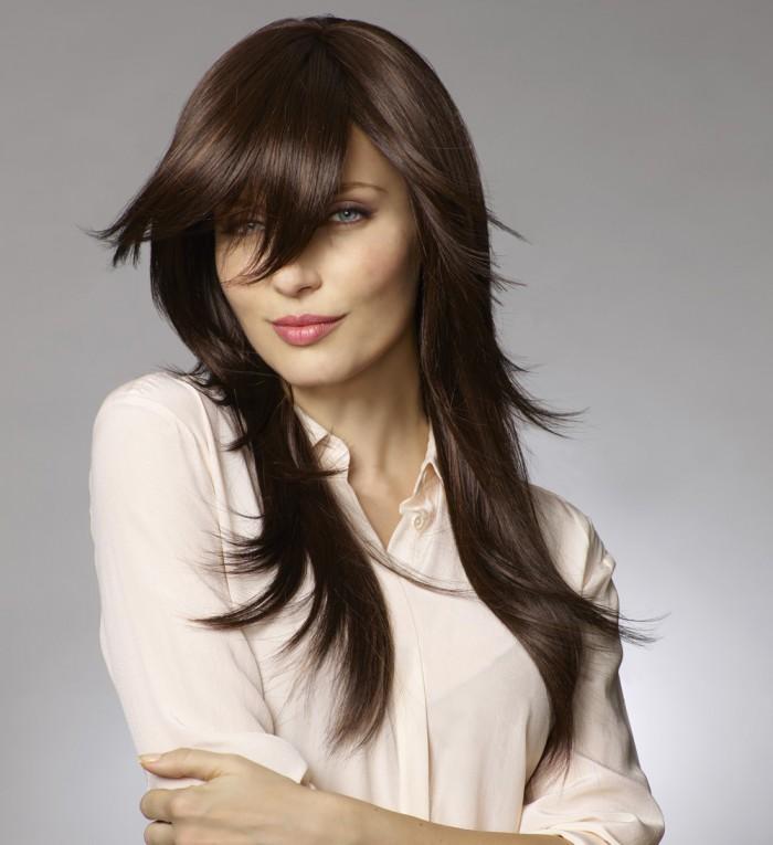 Chevelure de remplacement, femme avec perruque aux cheveux longs bruns